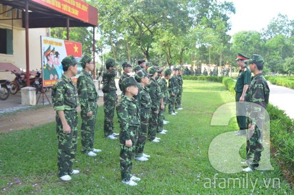 Nhật ký 10 ngày đi lính của những đứa trẻ thành phố 12