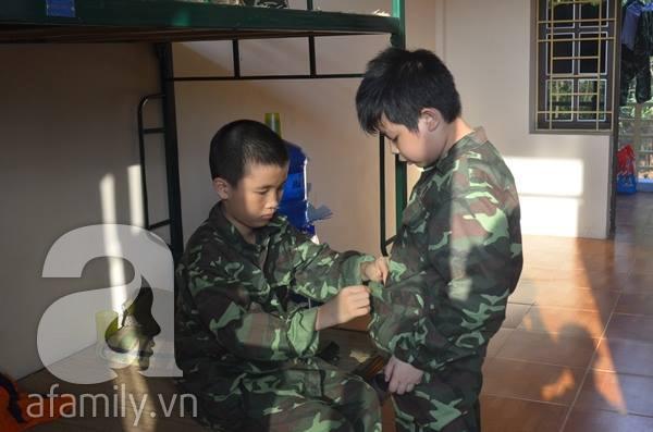 Nhật ký 10 ngày đi lính của những đứa trẻ thành phố 15