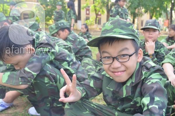 Nhật ký 10 ngày đi lính của những đứa trẻ thành phố 18
