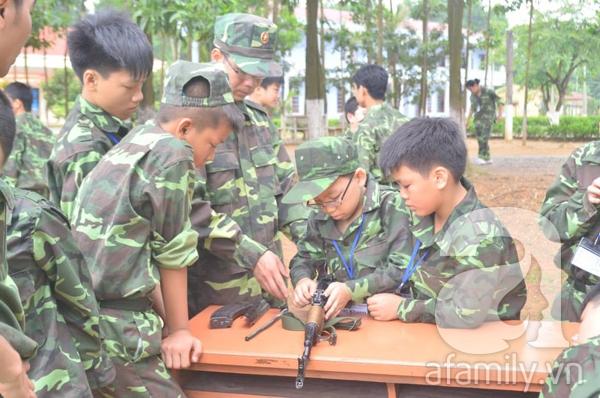 Nhật ký 10 ngày đi lính của những đứa trẻ thành phố 31