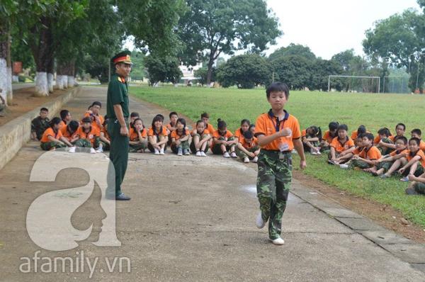 Nhật ký 10 ngày đi lính của những đứa trẻ thành phố 32