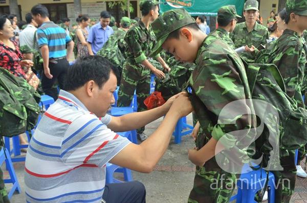 Nhật ký 10 ngày đi lính của những đứa trẻ thành phố 2