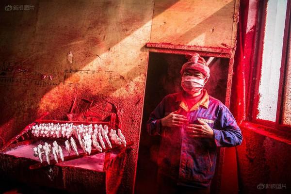 Ngôi làng sản xuất đồ Giáng sinh cho toàn thế giới 6