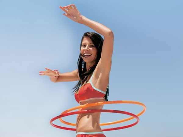 Lắc vòng: giúp chị em giảm cân và tránh đau lưng 1