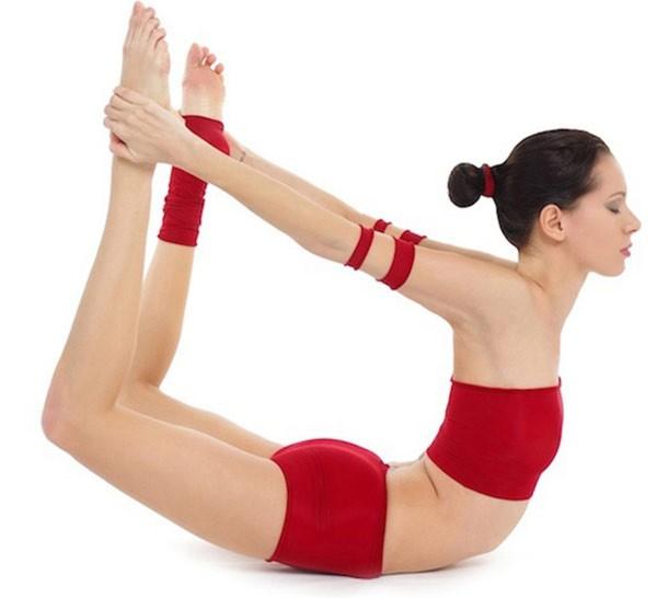 3 tư thế yoga cho đôi chân khỏe đẹp 3