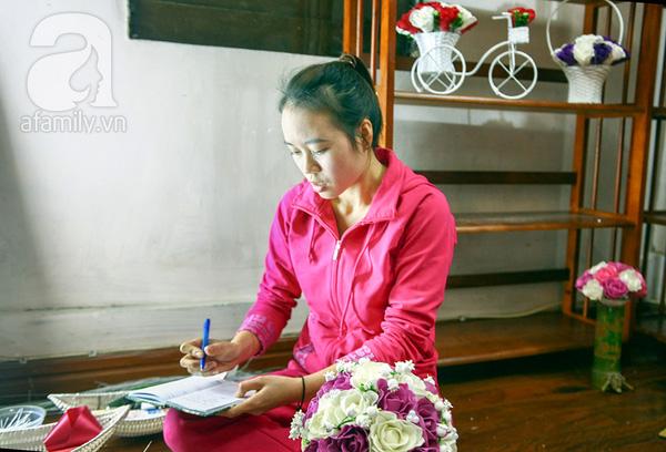 Cô gái 9X bỏ việc nhà nước, kiếm vài chục triệu đồng mỗi tháng từ đất sét 7
