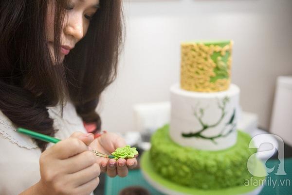 Người phụ nữ với đam mê đặc biệt: Vẽ tranh bằng... bánh ngọt 8