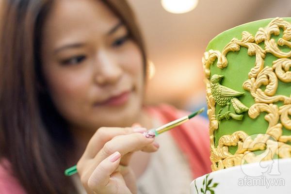 Người phụ nữ với đam mê đặc biệt: Vẽ tranh bằng... bánh ngọt 4
