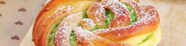 Tự làm bánh mỳ que giòn rụm thơm ngon 12