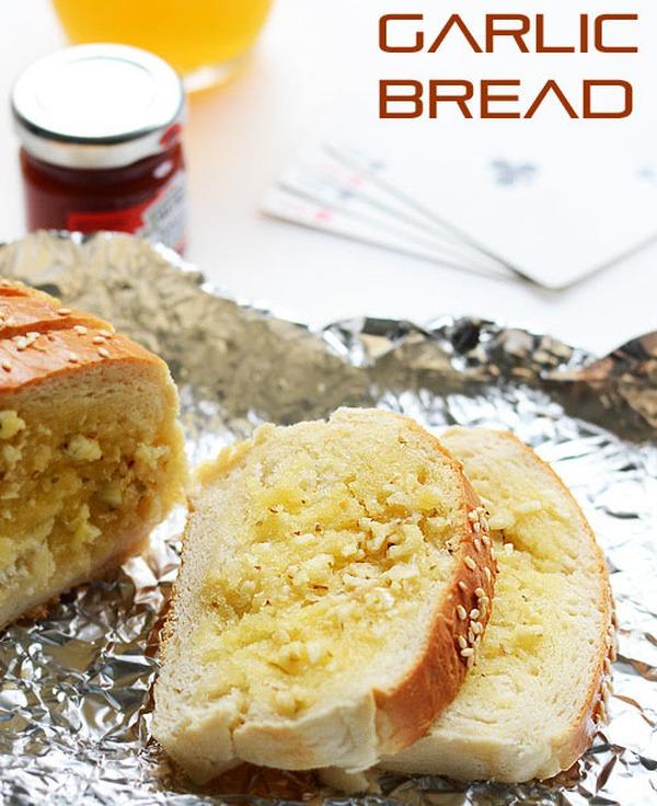 Bánh mì bơ tỏi thơm lừng hấp dẫn khó chối từ 12