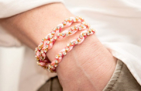 Tự làm vòng đeo tay chuỗi ngọc dễ thương 8