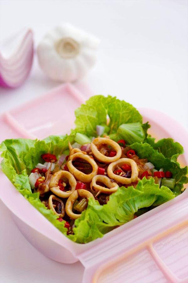 Món ngon cuối tuần: Mực hấp kiểu Thái    1