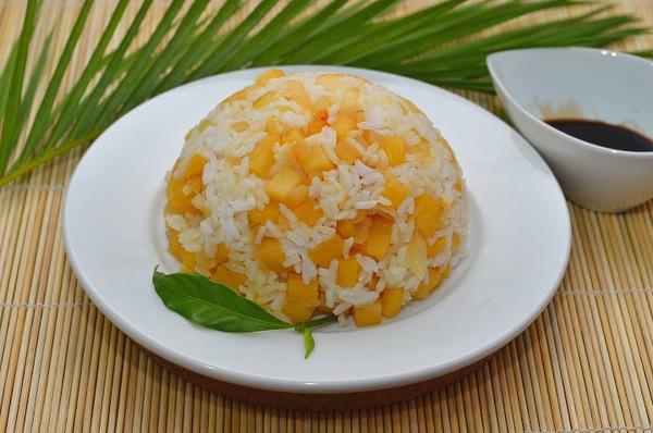 Cơm chay kiểu Thái cho ngày rằm thanh tịnh 7