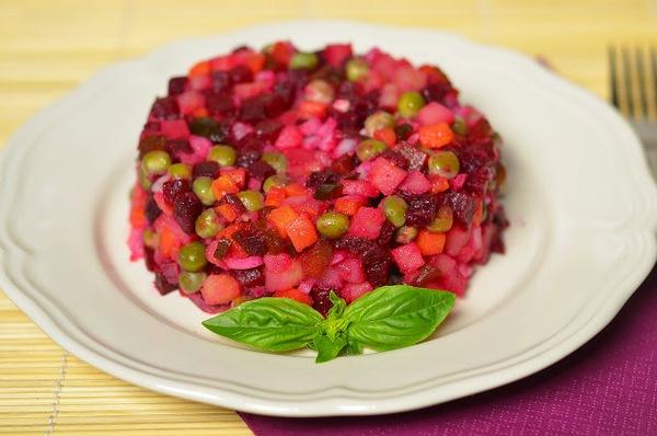 Cách làm salad tím hồng lãng mạn cho bữa tối 7