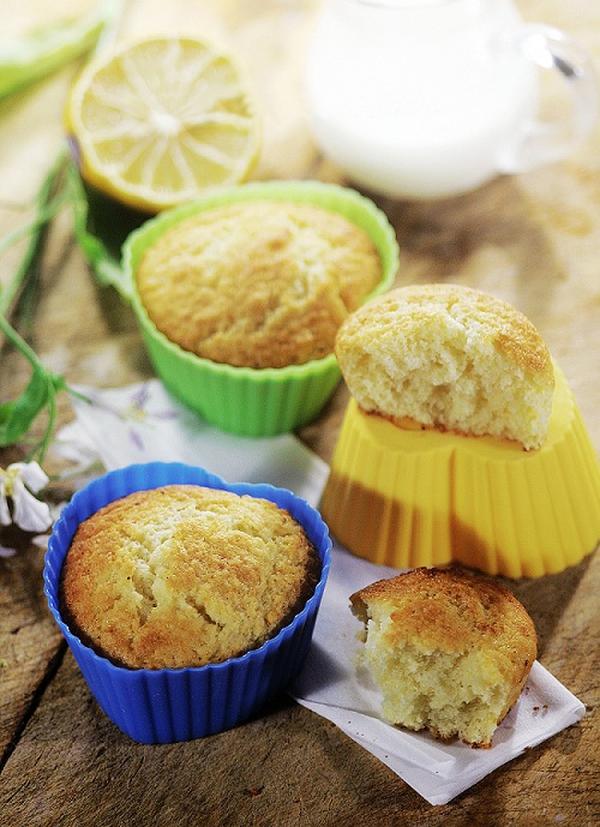 30 phút làm bánh muffin chanh sữa chua mềm thơm 6