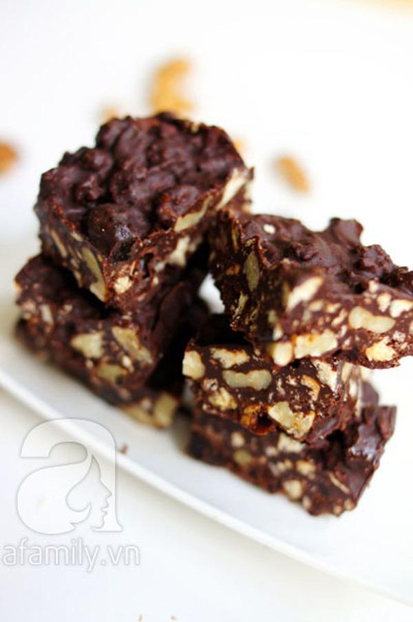 Không cần lò nướng, làm bánh chocolate cực ngon 9
