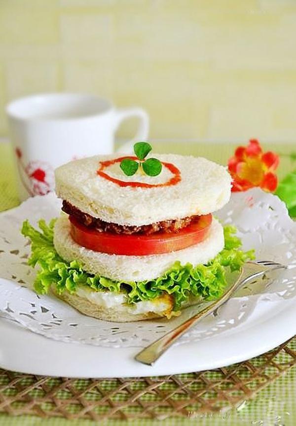 Bánh sandwich bò cho bữa sáng cuối tuần 14