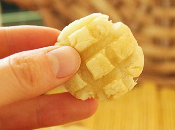 Cách làm bánh quy không béo từ khoai lang! 10