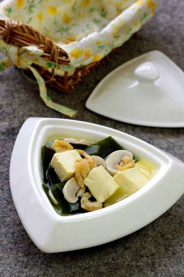 Canh đậu hũ rong biển mát lành ngon cơm 11