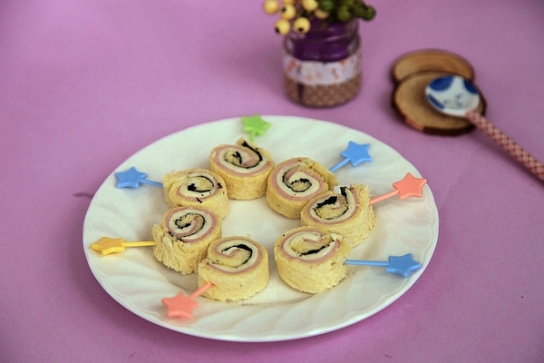 Bánh sandwich cuộn cực ngon cho bữa sáng cuối tuần 1