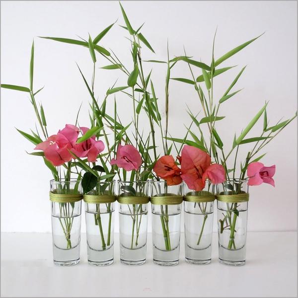 Biến ly thủy tinh thành bình cắm hoa độc đáo 6