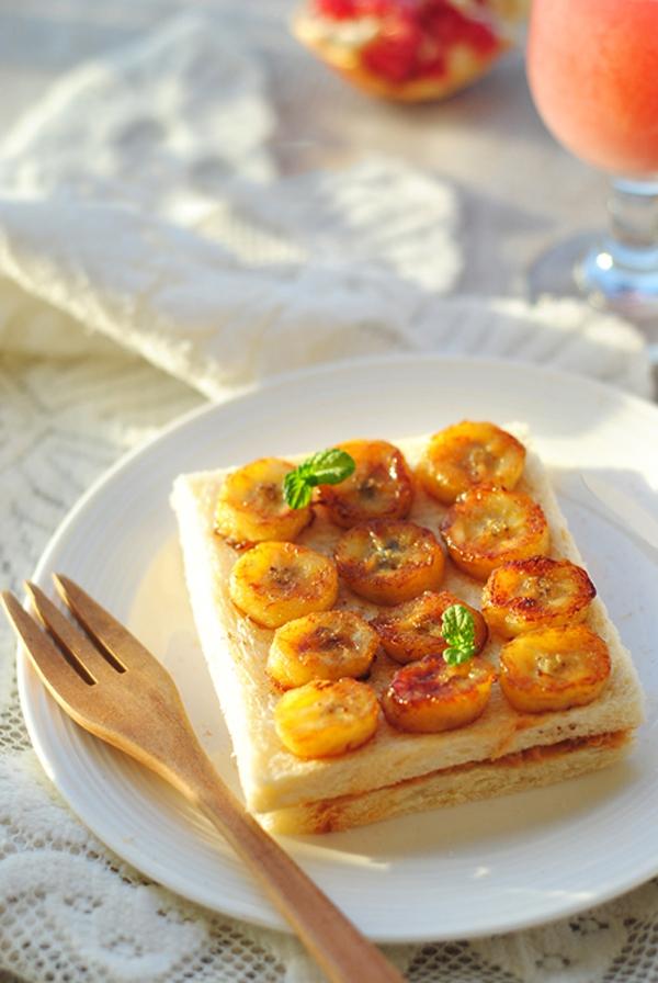 Làm bánh mỳ kẹp ăn sáng ngon và đủ chất 1