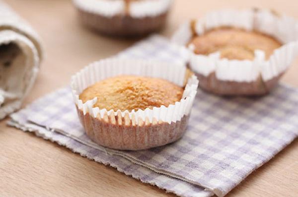Mềm thơm món bánh cupcake nho khô  1