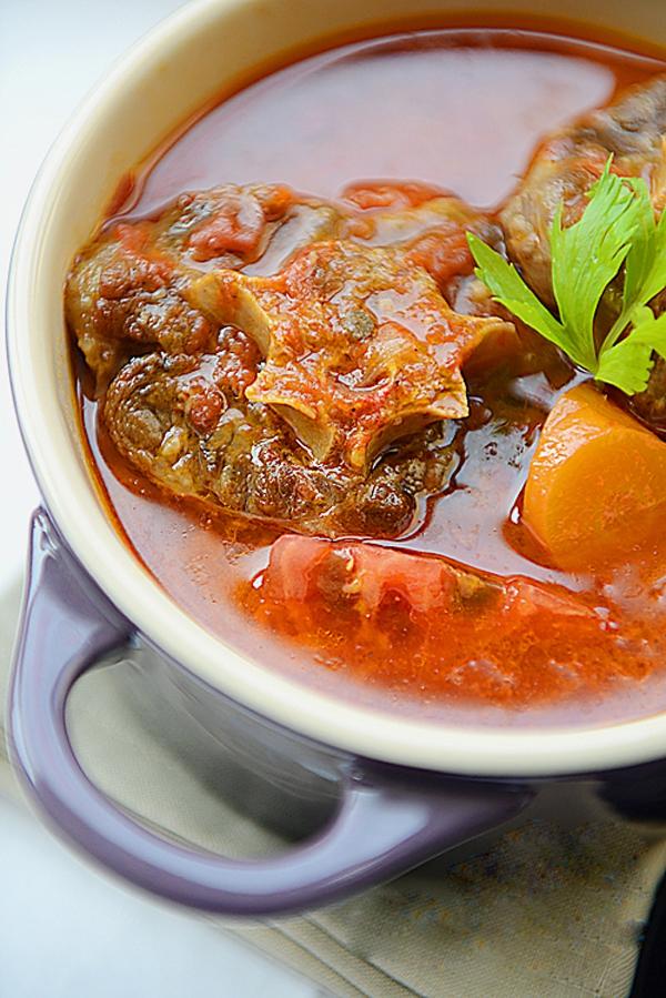 Món ngon cuối tuần: Đuôi bò hầm cà chua 19