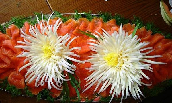 Tỉa hoa cúc từ rau cải thảo thật dễ dàng! 13
