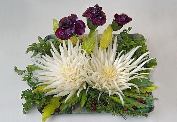Tỉa hoa cúc từ rau cải thảo thật dễ dàng! 14