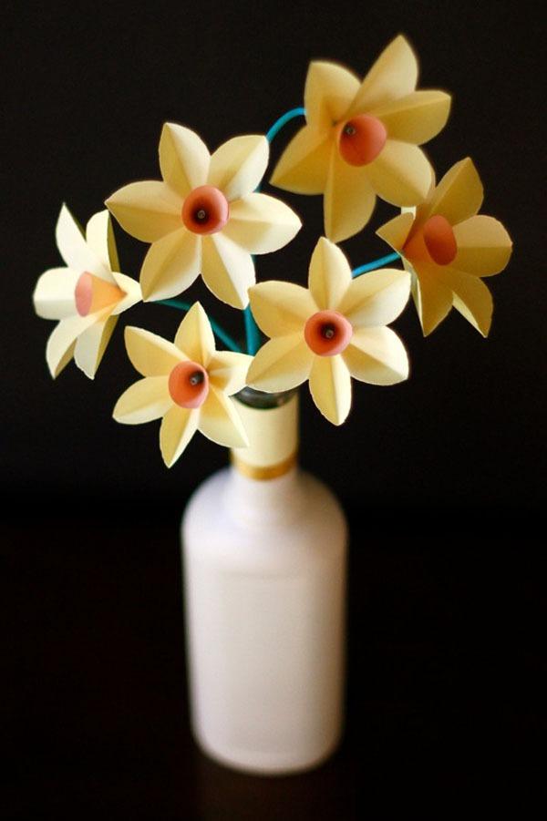 3 bước đơn giản làm hoa thủy tiên giấy 1
