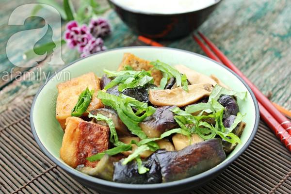 Đầu tháng, ăn chay ngon với đậu phụ kho cà tím 1