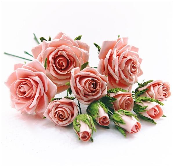 Hướng dẫn làm hoa hồng giấy đơn giản mà đẹp mắt 18