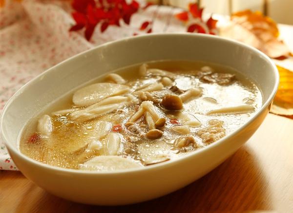 2 cách nấu canh nấm ngọt thơm hấp dẫn 1