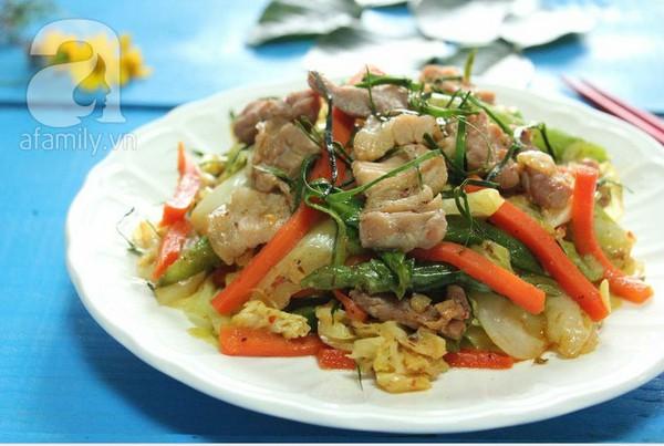 Thịt xào rau củ kiểu Thái ngon mắt ngon miệng 1
