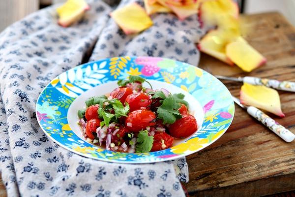 Salad cà chua sắc màu cho ngày nắng lên 11