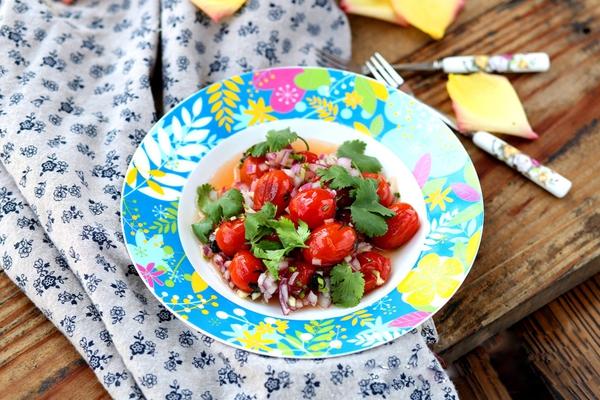 Salad cà chua sắc màu cho ngày nắng lên 12