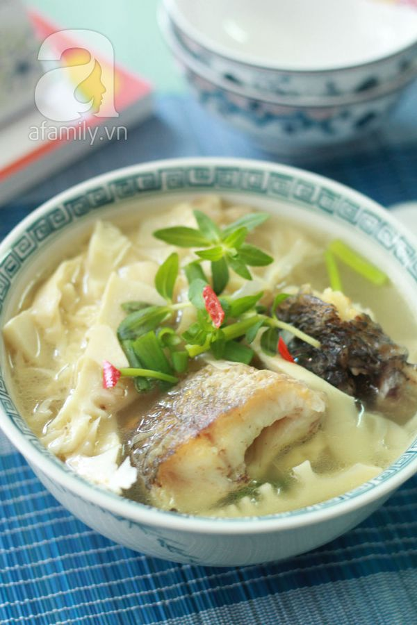 Canh cá nấu măng cho bữa tối ngon cơm 20