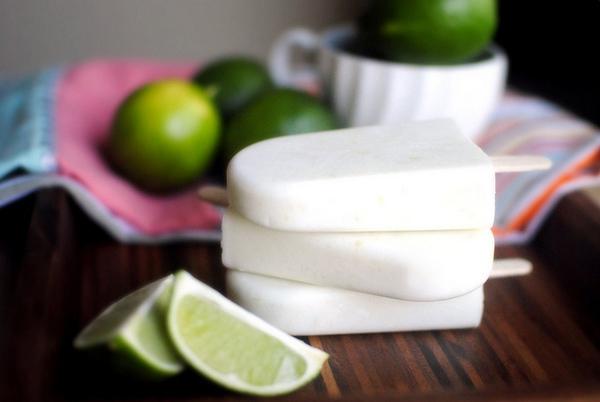 Thử tài làm kem sữa chua chanh dừa mát lịm 1