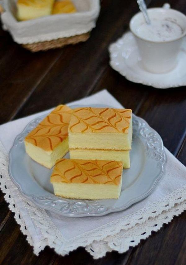 Cách làm bánh bông lan xốp mềm ngon như ở tiệm 24