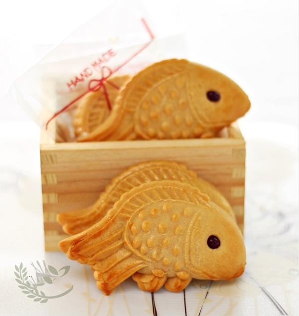Làm bánh Trung thu con cá tặng bé yêu dịp Rằm tháng tám 1