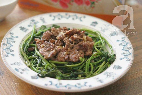 Giản dị ngon cơm với rau lang xào thịt bò 1
