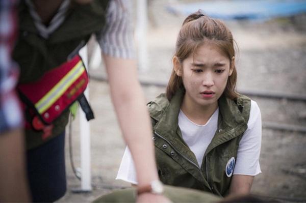 Y tá xinh đẹp Choi Min Ji - Park Hwan Hee