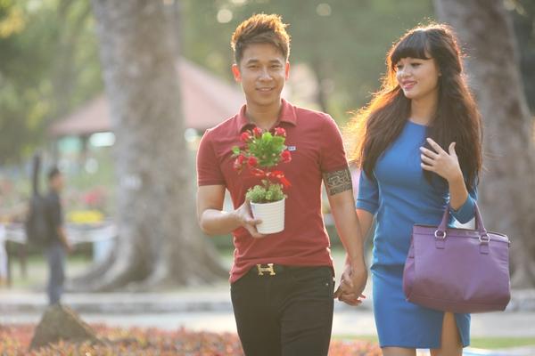 Lê Hoàng (The Men) lầm đầu tiết lộ bạn gái hot girl 13