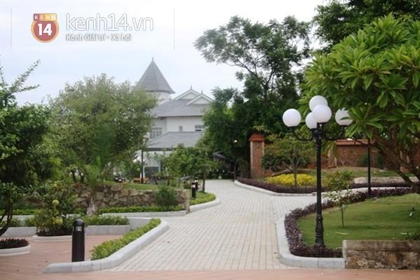Ngắm những dinh thự hoành tráng của đại gia Việt 25
