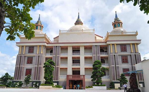 Ngắm những dinh thự hoành tráng của đại gia Việt 11
