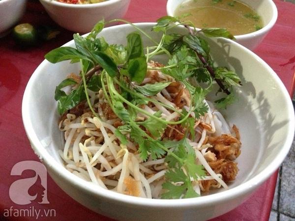 Thèm thuồng những quán phở gà trộn ngon tại Hà Nội 5