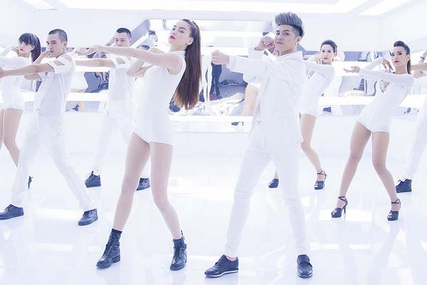 Hồ Ngọc Hà, Noo Phước Thịnh đẹp mê hồn trong MV gây sốt