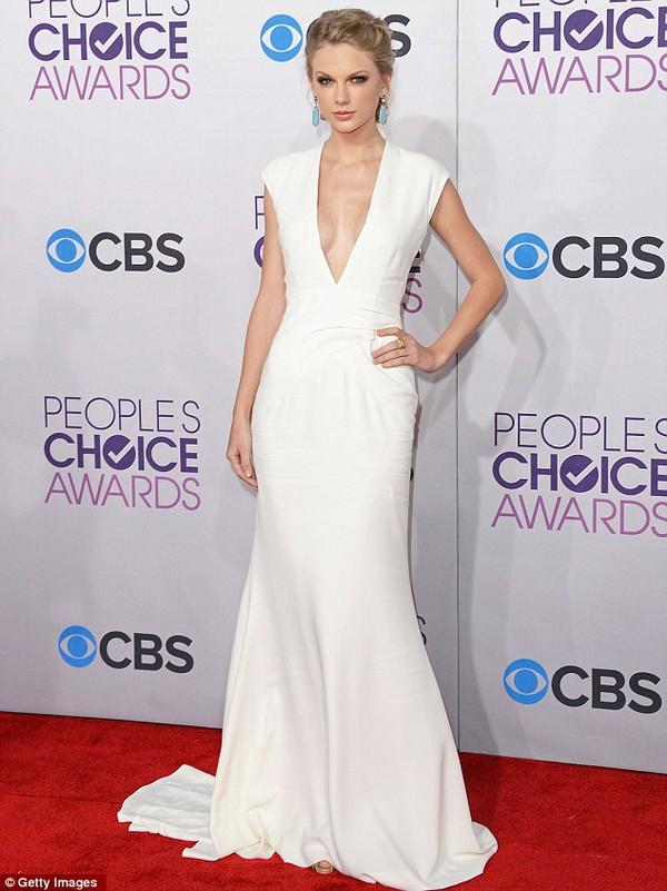 Taylor Swift thống trị đề cử giải Billboard 1