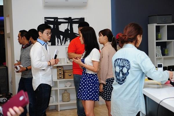 Kim Woo Bin cực điển trai trong buổi quay đầu tiên ở Việt Nam 5